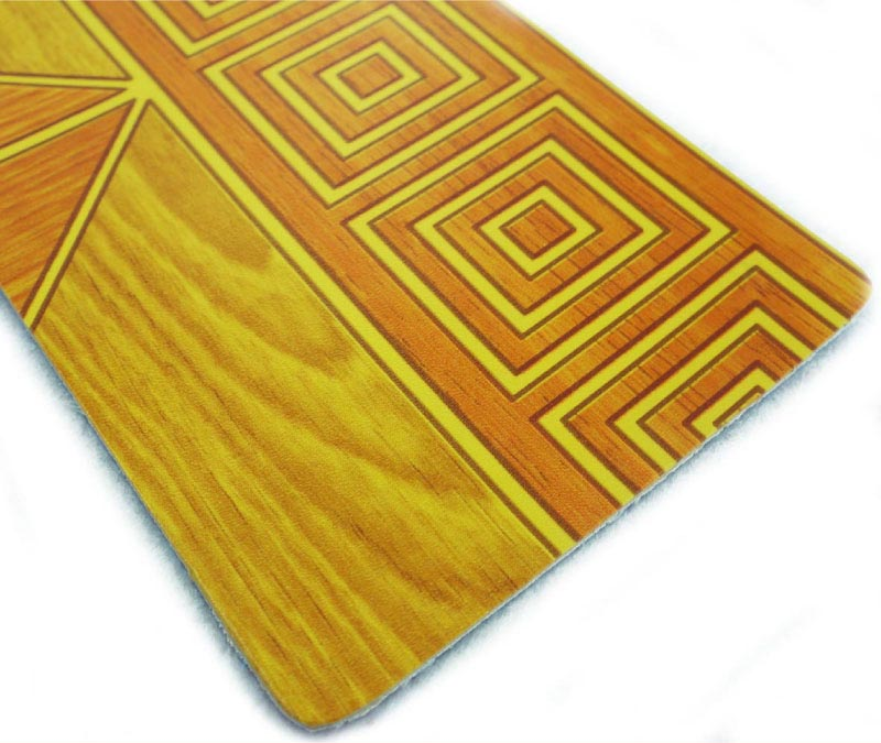 Plastic Wooden Grain PVC Flooring Roll
