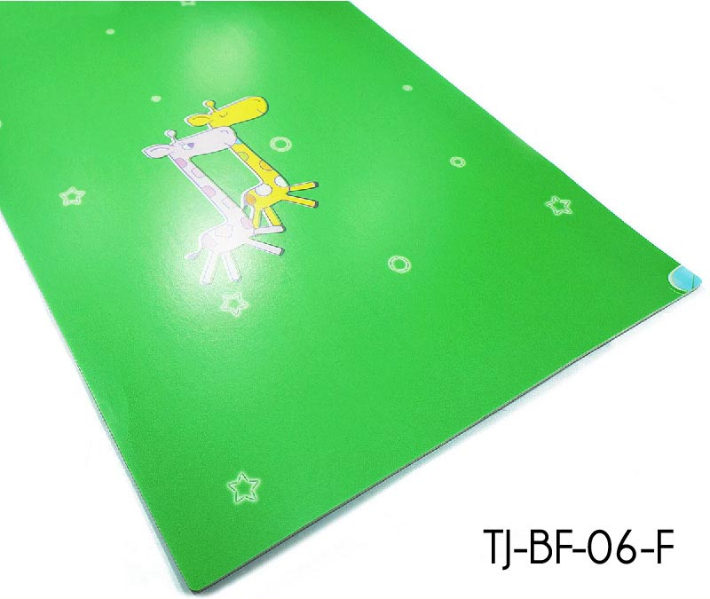 Green Cartoon Kids Vinyl Flooring Sheets Used In Kindergarten